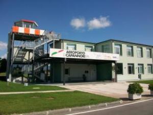 aeroporto di capannori_5.jpg