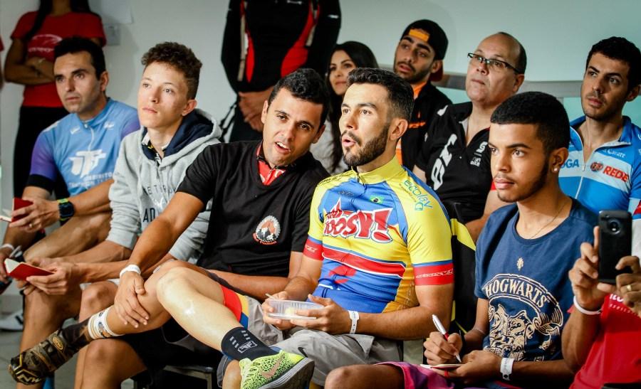 Atletas atentos aos novos conhecimentos na última edição do Training Camp.