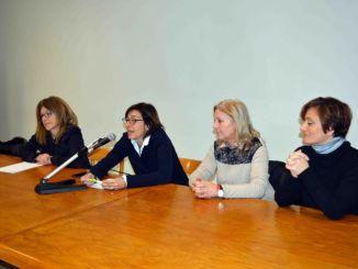 Fiorenza Sarzanini parla di femminicidio al liceo Plinio il Giovane a Castello
