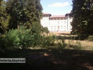 Villa Montesca Città di Castello, parco nel degrado, scrive Sassolini