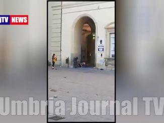 Aggrediti due agenti a Città di Castello, arrestato tunisino e compagna italiana