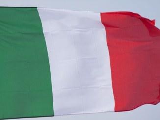 Bandiera tricolore per attendere il Mondiale di Tiro con la Fionda