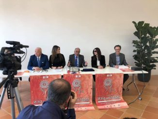 Monica Bellucci visita la nuova biblioteca di Città di Castello