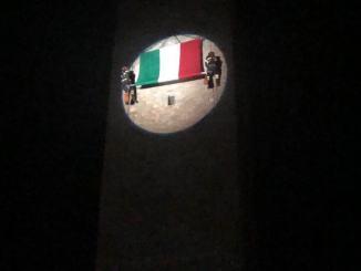 2 Giugno a Città di Castello e il maxi tricolore della torre civica