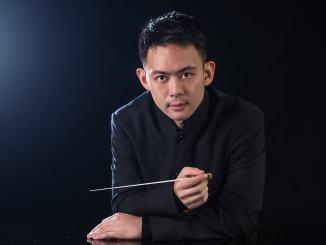 Zhang Lu dirige l'orchestra della Toscana, solista il pianista Francesco Libetta