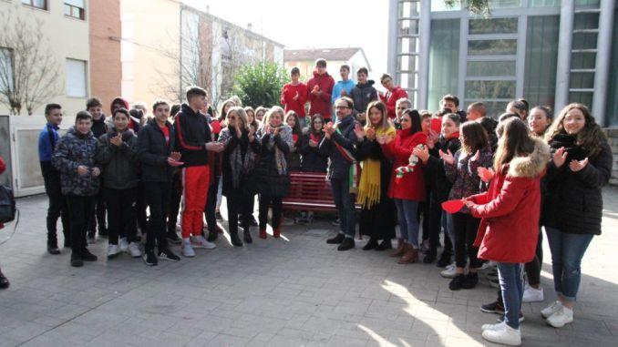 Stop alla violenza sulle donne, anche Umbertide ha le sue panchine rosse
