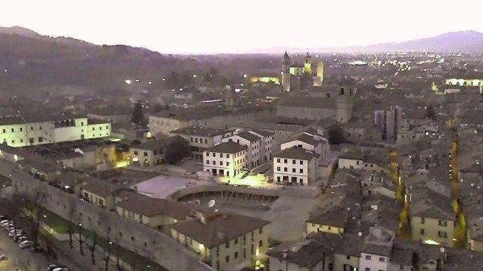 Coronavirus, a Città di Castello sospesi mercati, scale mobili chiuse alle 18