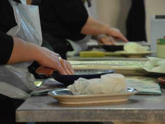 La cooperativa Ceramiche Noi brevetta il piatto antibatterico
