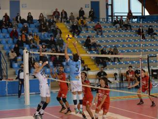 ErmGroup Pallavolo San Giustino contro Sir Safety Monini, finisce 1-3, esordio casalingo amaro per i ragazzi dell'ErmGroup
