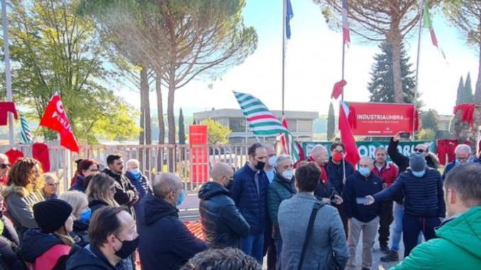 """Il nuovo sindaco di Città di Castello incontra dipendenti ex Fisadorelli. In nuova Giunta """"le migliori energie"""" dice Secondi"""