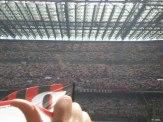 70.000 Schals für Paolo Maldini