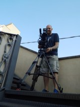 The Cameraman dreht die Treppenszene aus Panzerkreuzer Potemkin nach.