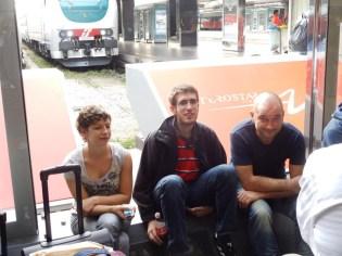 Ingo, Julia & Mr.Altravita als Bahnhofspenner in Rom Termini
