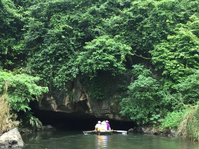 na-trang-caves-by-boat-vietnam