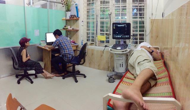Visit-doctor-in-vietnam-hoi-an
