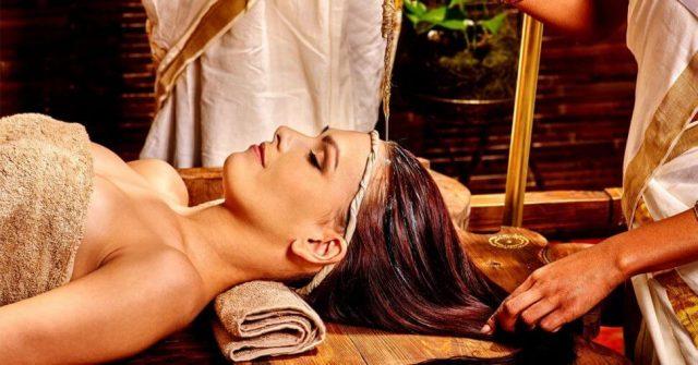 Shirodhara-massage-ayurvedic-medicine-oil