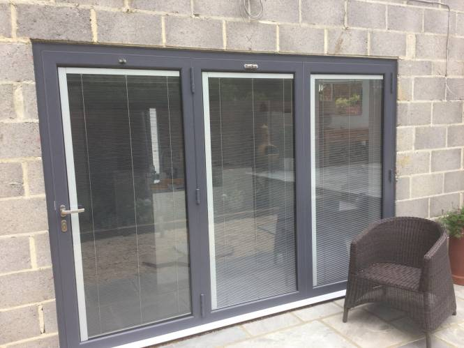 integral bifold and window blinds
