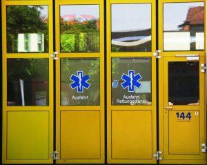 Gambar Pintu Lipat Besi Minimalis