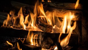 Basic Rules For Cleaning Chimneys And Fireplaces