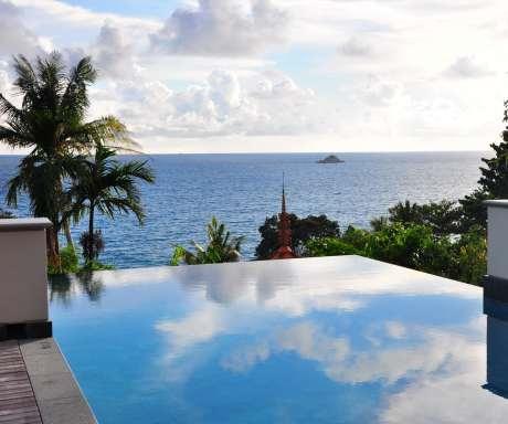 Trisara villa infinity pool and sea