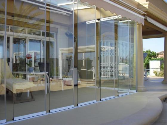 Ventajas Cortinas de Cristal alicante - empresas que instalan cortinas cristal alicante- aluyglass soluciones alicante - presupuesto cortinas cristal alicante