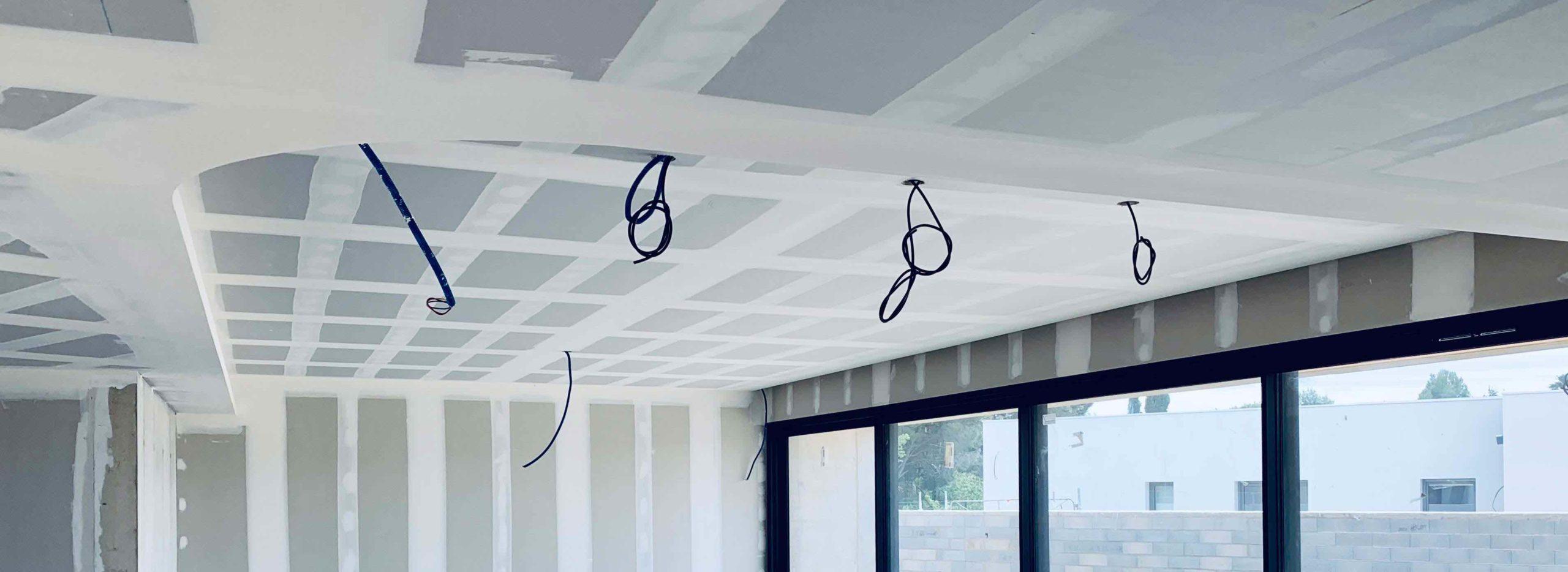 Entree-Bureaux-Alvit-Plaquiste-Jointeur-Bureau-Perpignan-Decoration-Plafond-Corniche-Ammeublement-ALVITPLAQUISTE-Pyrenees-Orientales-7