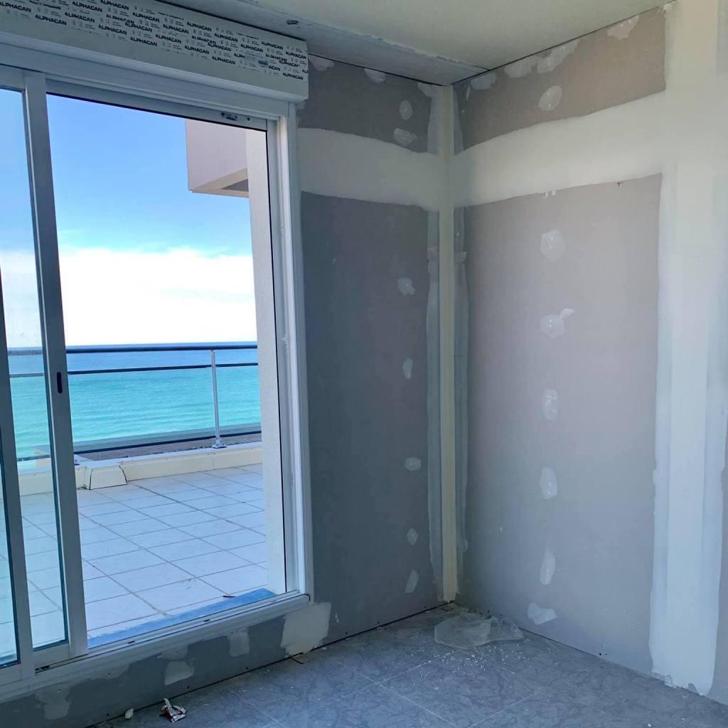 ALVITPLAQUISTE-Chantier-Renovation-complete-Canet-Etage-Appartement-Placo-Joints-Jointeur-3