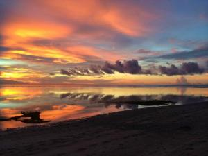 sunrise on gili islands