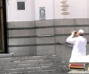 المساحة والمسافة توقفان الصلاة في أول مسجد للجمعة جريدة الوطن