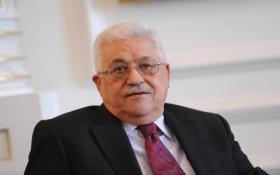 الرئيس محمود عباس يهنئ نظيره الروسي بعيد النصر