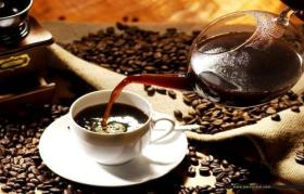 مفعول شرب 4 أكواب من القهوة يوميا