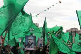 """قيادي بالشعبية لـ""""حماس"""": إما أن تتركوا الحكم بغزة أو تتركوا المقاومة؟!"""