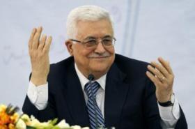 كاتب إسرائيلي: السلطة قد تنهار بعد موت عباس ويدعو سلطات الاحتلال لتجهيز مجالسها المحلية!