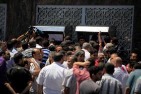الشعبية توجه رسالة للسلطة بشأن رواتب موظفي غزة