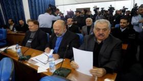 """نواب """"التيار الإصلاحي"""": بيان كتلة فتح بشأن رواتب غزة لا يمثل إلا الأحمد والموالين له"""