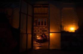 موافقة إسرائيلية على محطة كهرباء لغزة وخلافات حول استقبال عمال فلسطينيين