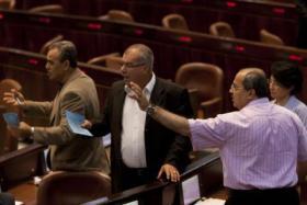 النواب العرب يدرسون الاستقالة الجماعية من الكنيست