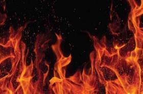 جريمة بشعة: عربية تُشعل النار بطفليها وزوجها.. لن تصدق السبب!