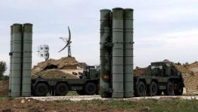 إسرائيل: لدينا طرقا خاصة للتعامل مع منظومة الدفاع في حال وصلت سوريا