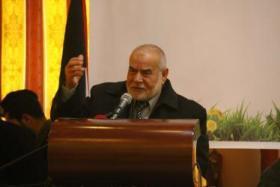 بحر يدعو لمحاكمة أبومازن بتهمة الخيانة العظمى