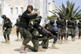 الخليل.. المخابرات الفلسطينية تقبض على محكوم بالسجن 15 عاما