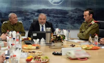 """ليبرمان يهدد حماس: """"مضت الأعياد وجاء ما بعدها"""""""