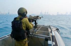 الاحتلال يعتقل شابا فلسطيني قرب شاطئ زيكيم شمال قطاع غزة