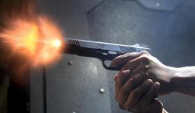 رجل يقتل زوجتيه معًا رميًا بالرصاص لوضع حد للثرثرة