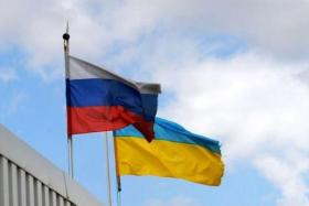 وساطة ألمانية فرنسية لنزع فتيل أزمة أوكرانيا وروسيا