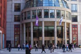 مجلس طلبة جامعة نيويورك يقرر مقاطعة الشركات المتعاونة مع إسرائيل