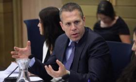 وزير إسرائيلي يطالب بعودة الاغتيالات المركزة ولا يستبعد احتلال غزة مجددا