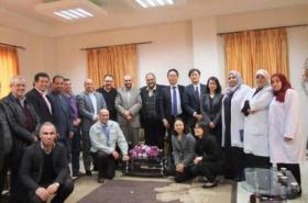 """""""جايكا"""" اليابانية تتفقد مشاريعها بمجمع الشفاء بغزة"""