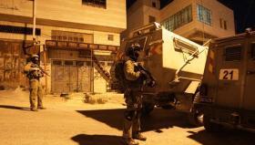 رام الله.. إنتشار لقوات الاحتلال على مدخل مخيم الجلزون وتفتيش المركبات