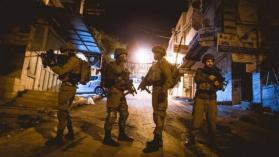 جيش الاحتلال يشن حملة اعتقالات واقتحامات واسعة في الضفة